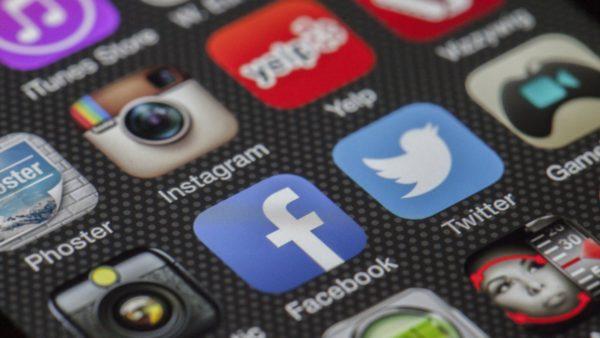 social media Japan